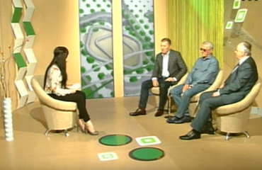 "TV programme ""Art Space"" about the art contest ""Silver Easel"". Studio guests: Robert Brovdi, Anatolii Kryvolap, Ivan Nebesnyk."