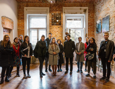 """Participants of """"Silver Easel"""" visited the art couple Andrii and Olesia Voznytski"""
